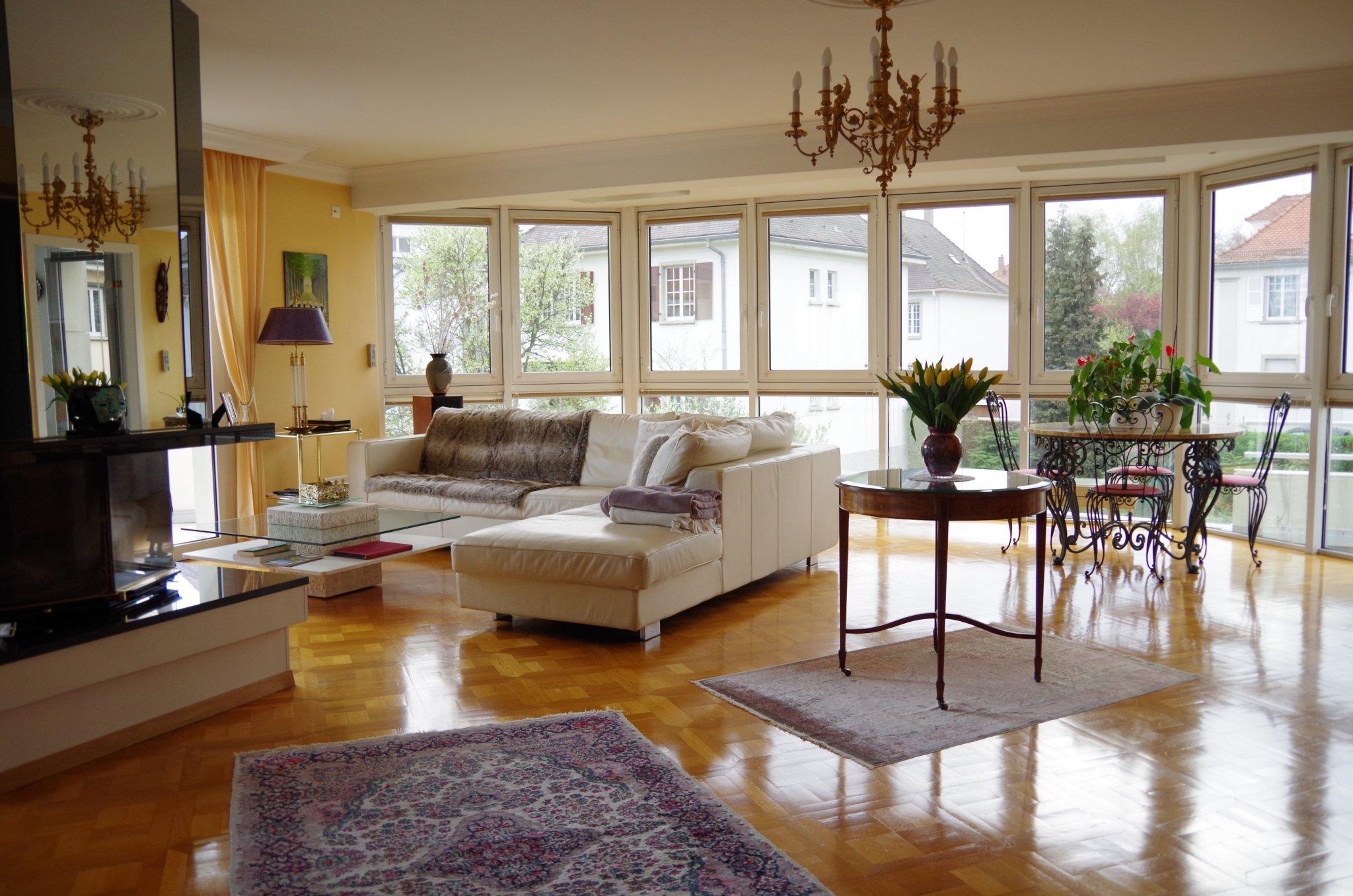 Bel appartement 5/6 pièces de 169m² avec chambre de 20m² en rez-de ...